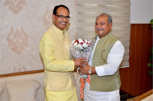 CM  meets Union Panchayat and Rural Development Minister Shri Tomar