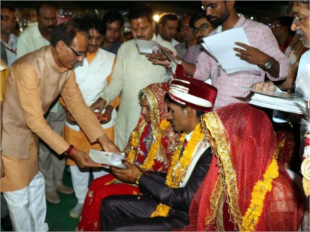 CM blesses newly-wed couples