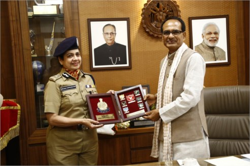 Director General BSF Pays Courtesy Visit to CM Chouhan