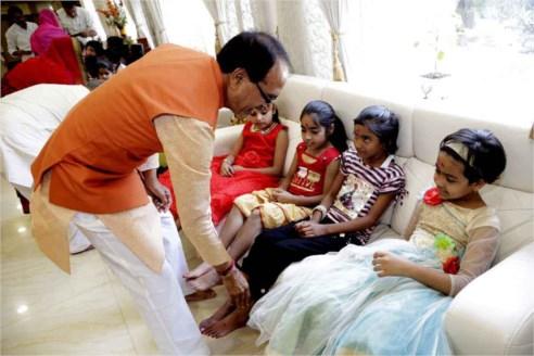 Mukhya mantri gram sadak yojana madhya pradesh tenders dating 5