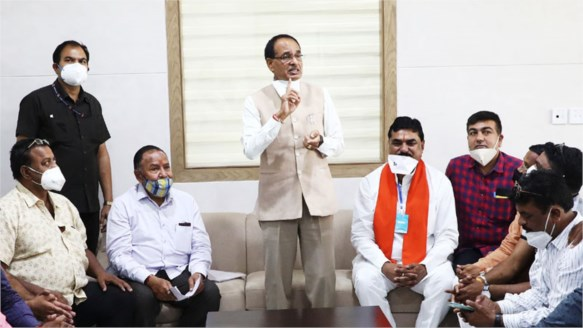Smooth operation of mandis essential for farmers and traders – CM Shri Chouhan